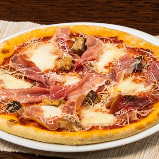 Poza cu Pizza Porcini e Formaggi