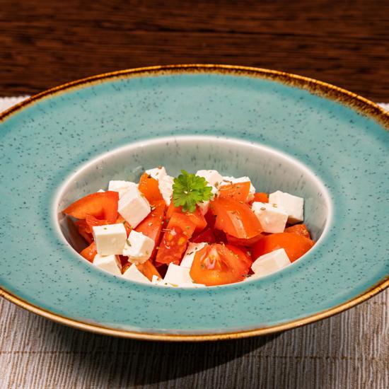 Poza cu Salată de roșii cu telemea