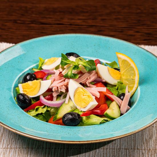 Poza cu Salată Bulgărească
